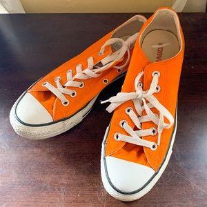 Orange Low Top Converse Sneakers (M6/W8)